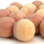 Hangerworld Lot de 50 boules en bois de cèdre antimites - 2.2cm de diamètre de la marque Hangerworld image 4 produit
