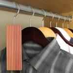 Hangerworld Lot de 6 blocs antimites en bois de cèdre à suspendre 13 x 4,5 x 1cm de la marque Hangerworld image 1 produit