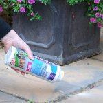 Poudre anti et fourmis et insecticide (Traitement pour contrôler les insectes comme les fourmis, les cafards, les perce-oreilles et les colportes dans les maisons, les patios et les jardins, traite jusqu'à 25m²). Cette poudre pèse 450g. de la marque Def image 2 produit