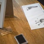 SUPERBE KIT D'EMPREINTES DE PIEDS ET MAINS POUR BEBE pour Liste de naissance fille et garçon, Cadeaux pour liste de naissance, Souvenir mémorable Décorations murale ou pour table, Encre Pad et cadres 10CM x 15CM en bois de qualité, deco bebe, Cadre bébé, image 4 produit