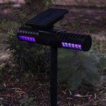 Tueur extérieur d'insecte extérieur solaire professionnel, LED ultra-silencieux aucune lampe de moustique de rayonnement, contrôle léger de moustique de preuve de pluie / lampe de mur de Zapper d'insecte, insertion / accrochage mural, charge d'USB de la m image 3 produit